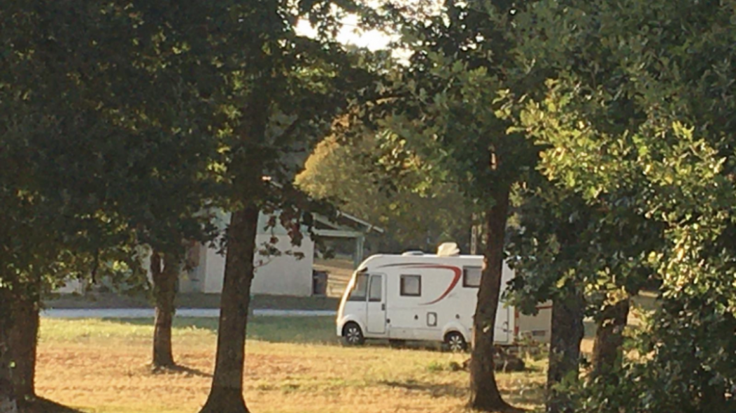 aire-camping-car Echourgnac2