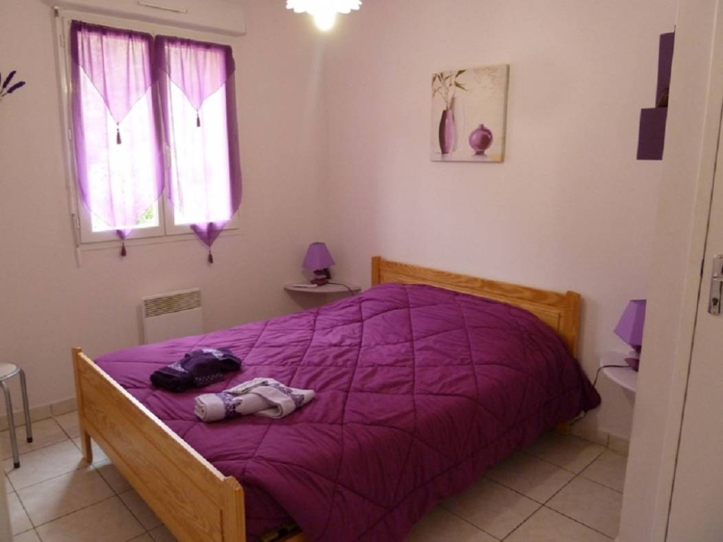 ch-hotes-chatenet-echourgnac-chambre mauve