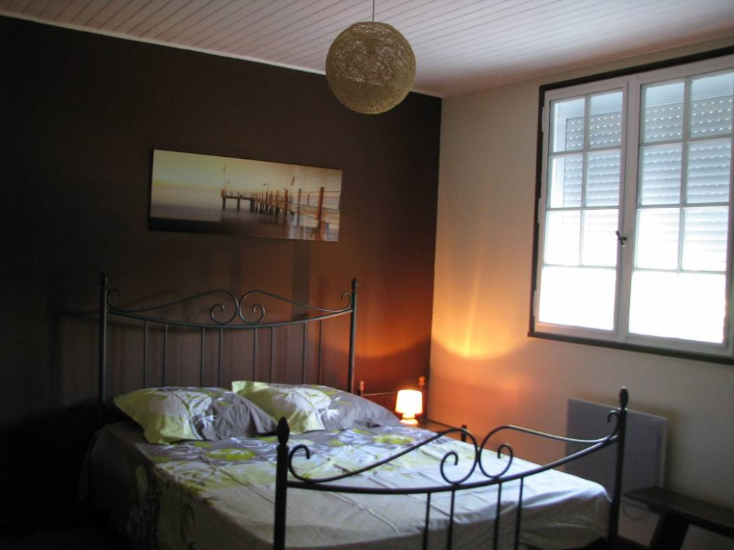 ch-hotes-avril-montpon-chambre2