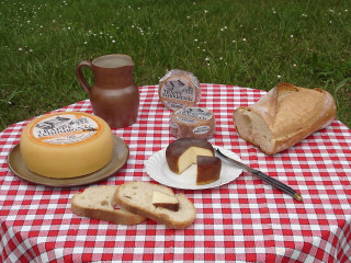 """Fromage """"Le Trappe Echourgnac"""""""